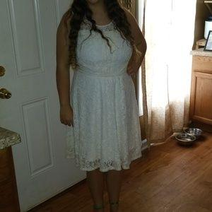 love, Fire Dresses - Ivory lace dress